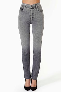 Second Skin Jeans in Acid Gray