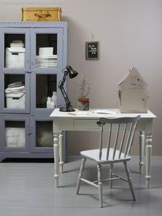 Color from Jotun Color Inspiration, Interior Inspiration, Best Interior, Pastel Colors, Office Desk, Corner Desk, New Homes, Living Room, Simple