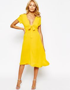 Buy Love Bow Front Midi Dress at ASOS. With free delivery and return options (Ts&Cs apply), online shopping has never been so easy. Get the latest trends with ASOS now. Going Out Dresses, Dresses For Work, Summer Dresses, Dress Body Type, Yellow Midi Dress, Robes Midi, Calf Length Dress, Feminine Dress, Dress With Bow