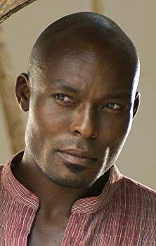 Jimmy Jean Louis, he is so handsome Gorgeous Black Men, Handsome Black Men, Beautiful Men, Beautiful People, Black Man, African American Actors, Eye Candy Men, Chocolate Men, Hair