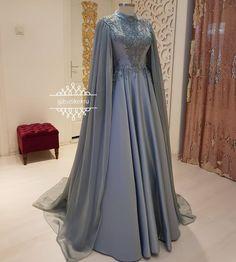 Bi @ bijan_boutique @ bijan_boutique @ b . Hijab Evening Dress, Hijab Dress Party, Hijab Wedding Dresses, Short Bridesmaid Dresses, Elegant Wedding Dress, Modest Dresses, Elegant Dresses, Evening Dresses, Dresses With Sleeves
