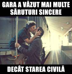 Gara a văzut mai multe săruturi sincere decât starea civilă Couple Goals, Cool Words, Haha, Romance, Humor, Funny, Engine, Quotes, Wolf