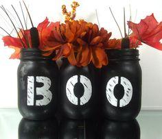 Boo Halloween, Halloween Mignon, Fete Halloween, Halloween Crafts, Holiday Crafts, Halloween Bedroom, Diy Halloween Mason Jars, Salem Halloween, Halloween Couples