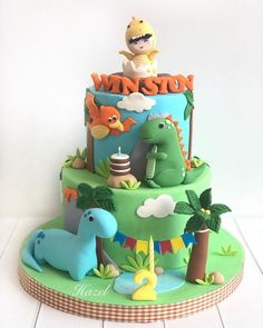 Little Winston is turning 🎂🎉🎉 Come let out a RAWR and have a T-Rex-fic day! Safari Theme Birthday, First Birthday Themes, Baby First Birthday, Creative Birthday Cakes, Dinosaur Birthday Cakes, Dinosaur Party Invitations, Dino Cake, Baby Shower, T Rex