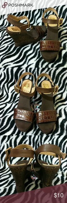 """NEW Kanna Wedge Jazz this cute wedge with jeans, shorts, dress or any desired outfit and your are complete.  Comfortable fitting with a 4.5"""" heel. Bought and only tried on. In excellent condition. Size says 40, fits a 9 Bundle and save. Kanna Shoes Wedges"""