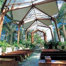 ウェイフェア・チャペル(ガラスの教会):太陽に祝福されたい ガラスのチャペルでの挙式