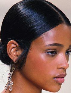 Aya Jones - Black Models from France French Models Beauty Make-up, Beauty Tips, Beauty Hacks, Hair Beauty, Dark Skin Beauty, Curly Hair Styles, Natural Hair Styles, Black Girl Aesthetic, Vintage Hairstyles