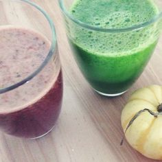 Green & Berries serie #2 Jus vert et jus de betterave !  Green and beet juices!  Spinach ginger apple lemon cucumber beet #greenjuice #healthy #breakfast #colorful #yummy #good #ann