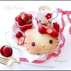 Hello Kitty pancake by @kaopan27
