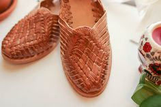 Ana is our top seller year after year. The classic brown leather with an enhanced sole made from recycled tire rubber and natural crepe rubber tapped from trees is sure to help you make it through ANY day. Handmade Leather Shoes, Leather Sandals, Minimal Classic, Size 9 Shoes, Huaraches, Womens Flats, Brown Leather, Artisan, Women Sandals