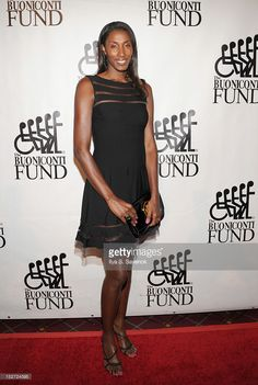 Former WNBA basketball player Lisa Leslie attends the 27th Annual Great Sports Legends Dinner to benefit the Buoniconti Fund to Cure Paralysis at The Waldorf=Astoria on September 24, 2012 in New York City.  (Photo by Ilya S. Savenok/Getty Images for The Buoniconti Fund To Cure Paralysis)