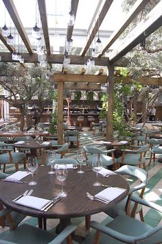 Someone called Cecconi& the most beautiful restaurant in Miami and I have to agree. Lucky for Stefan and me, the restaurant was located i. Restaurant Interior Design, Cafe Interior, Interior Exterior, Roof Design, Cafe Design, House Design, Outdoor Restaurant, Cafe Restaurant, Outdoor Cafe