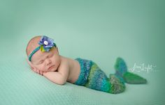Professional Newborn Photography | Lime Light Photography | Professional Newborn Photographer