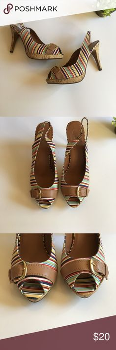 """💙🌸Beautiful striped candies sling backs 🌸💙 🌸Great summer shoes ! Beautiful striped slingbacks with faux cork heel. Goes with any summer outfit ! ⭐️🌸 gently used condition .. wore once or twice .. no flaws on shoe ..heel is approx 4"""" .. offers always welcome 🌸 Candie's Shoes Heels"""