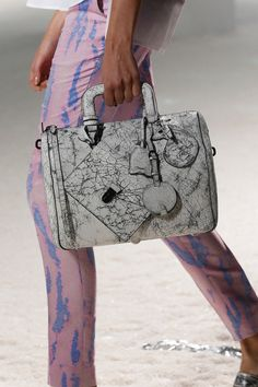 3.1 Phillip Lim Spring 2014 Ready-to-Wear Collection #bags #crack #leather