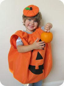 homemade pumpkin costume with link to super easy hat tutorial!