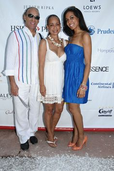 Brie Bythewood (right) and her parents. Looking nice.