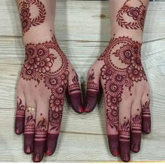 Floral Latest Mehndi Designs 2019 For Hands, There is the growing trend of mehndi designs, also known as henna tattoo designs which is now the main element for women. Mehandi Designs Images, Mehndi Designs 2018, Dulhan Mehndi Designs, Henna Tattoo Designs, Henna Mehndi, Mehndi Images, Hand Henna, Henna Art, Indian Henna