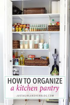 Love this beautifully organized kitchen pantry! It gives me so many great ideas for organizing my own kitchen! Click through to the post to see her brilliant tips and tricks!