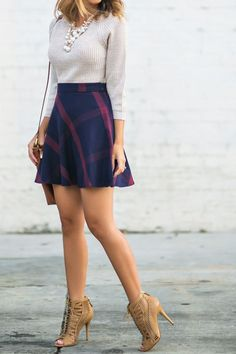 Combining 5 Trends in a Single Outfit – Fashion Outfits Mode Outfits, Fall Outfits, Casual Outfits, Fashion Outfits, Womens Fashion, Fashion Trends, Plaid Outfits, Skirt Fashion, Skirt Outfits