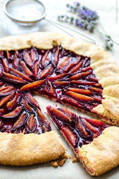 švestkové knedlíky z tvarohového těsta Polenta, Pie, Ethnic Recipes, Desserts, Fruit Cakes, Food, Cheesecake, Torte, Tailgate Desserts