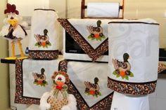 Itens para cozinha em bordado patchwork - patinha com barrado marrom