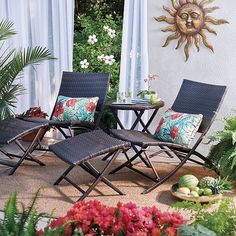Our exclusive Key Largo Outdoor Patio Set is great for relaxing. Extra chairs and ottomans are available. Perfect for when you have guests stop by.