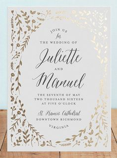 The gold leaf design on this invitation is so pretty! Metallic is such a great way to spice up an invitation and make it look expensive!