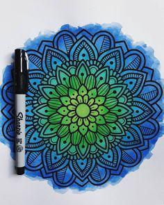Arts And Crafts Festivals Near Me Refferal: 2509354462 Sharpie Drawings, Doodle Drawings, Easy Drawings, Doodle Art, Mandala Art, Mandala Drawing, Zentangle, Cool Doodles, Drawing Techniques