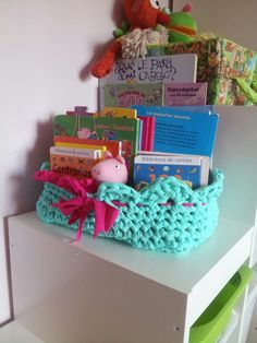 Cesto trapillo Minnie, Diy Crafts, Crochet, Craft Ideas, Ideas, Crocheting, Bushel Baskets, Coin Purses, Purses