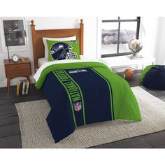 Official National Football League, Bedding Twin Applique Comforter (64''x 86'') and 1 Sham (20''x 26'') Set � by The Northwest Company