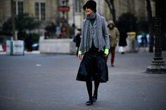 Street style à la Fashion Week haute couture printemps-été 2017