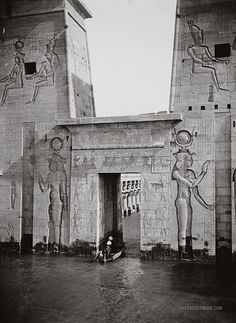Entance Gateway in 1st Pylon. Temple of Isis. Philae, Egypt. 1900-1920.