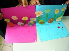 Easter pop-up card {to do with kids} / Biglietti di auguri di Pasqua {da fare con i bambini}