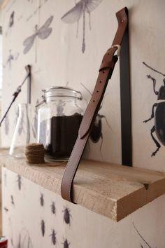 Leuk idee voor een wandplank! Met onszelf behang.. http://onszelf.com/product/enjoy-023131/