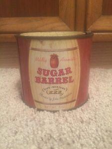 Sugar-Barrel-Pipe-Mixture-Round-Tobacco-Tin