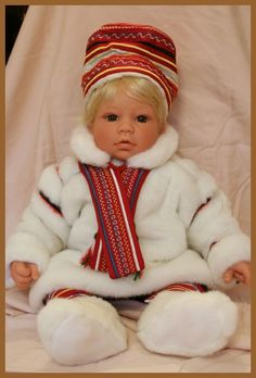 "Lee Middleton doll ""Norway"""