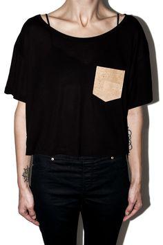 #12dag #feinstepanier #pocket #kork #cork #mode #fashion #handgemacht #handmade #cropped #shirt #tshirt #wien #vienna #bio #organic #fair #vegan
