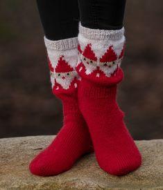 Knitted Slippers, Slipper Socks, Knitted Hats, Cool Socks, Knitting Socks, Vikings, Christmas Stockings, Knit Crochet, Norway