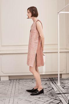 MM6 Maison Margiela Resort 2018 Collection Photos - Vogue
