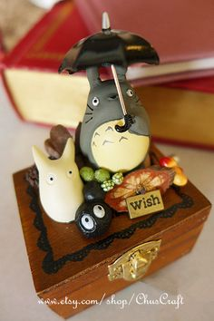 My Neighbor Totoro Music Box Laputa Castle in the Sky Woodland Music Box Wooden… Polymer Clay Ornaments, Polymer Clay Art, Totoro Nursery, Kawaii Diy, Stone Wrapping, Cute Clay, Music Boxes, My Neighbor Totoro, Anime Merchandise