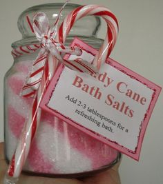 DIY candy cane bath salts, adorable packaging