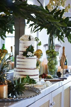 Relaxed Summer Wedding Ideas Styling By Lisa Kelly Creative