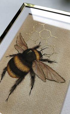 Bee illustration bee goldleaf beeillustration is part of pencil-drawings - pencil-drawings Bee Painting, Painting & Drawing, Bee Drawing, Gold Drawing, Fabric Painting, Painting Inspiration, Art Inspo, Art Klimt, Art Sketches