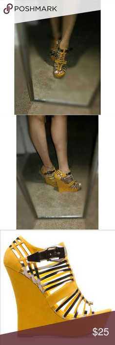Wedge Mustard yellow suede and metallic wedge. Worn once like new condition Shoe Dazzle Shoes Wedges