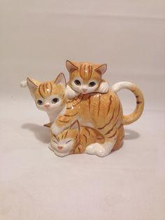 Vintage 90s Cat Teapot Orange and White от AllTheMissingPieces