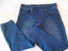 8ee2afd963b0e LEVI S Womens Plus Size Pull On Jeans Elastic Waist Straight Leg Levis Size  18W  Levis