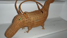 wicker alligater crocodile purse to fun missing a few toes but sees like knowbody knows