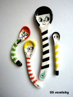 Les cuillères Majorettes by lili scratchy, French Artist Ceramic Spoons, Ceramic Pottery, Ceramic Art, Diy Arts And Crafts, Fun Crafts, Sculpture Lessons, French Artists, Clay Projects, Handmade Pottery