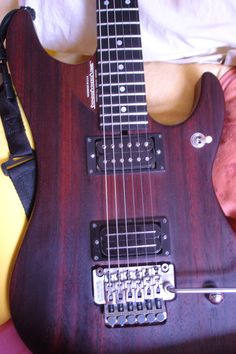 Washburn N4 paduak version. Sold this in 2009